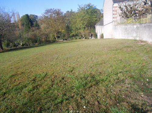 Terrain constructible à Francueil