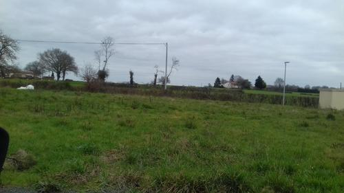 Terrain constructible à Nuaillé