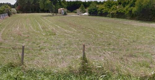 Terrain constructible à Talais