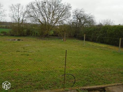 Terrain constructible à Châteauneuf-sur-Sarthe