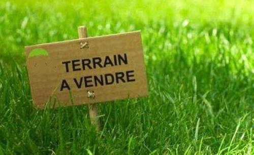 Terrain constructible à Fougères-sur-Bièvre