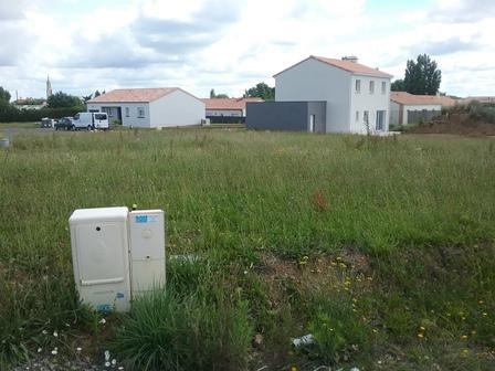Terrain constructible à Saint-Lumine-de-Coutais