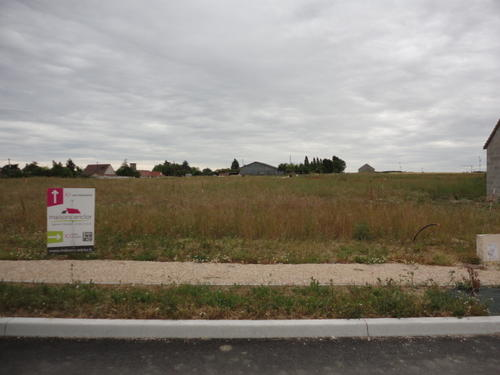 Terrain constructible à Artenay