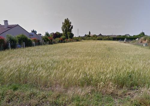 Terrain constructible à Dangé-Saint-Romain