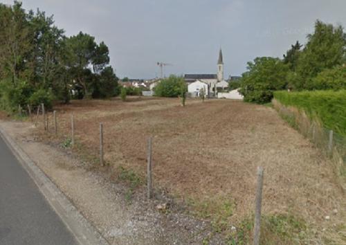 Terrain constructible à Nieuil-l'Espoir