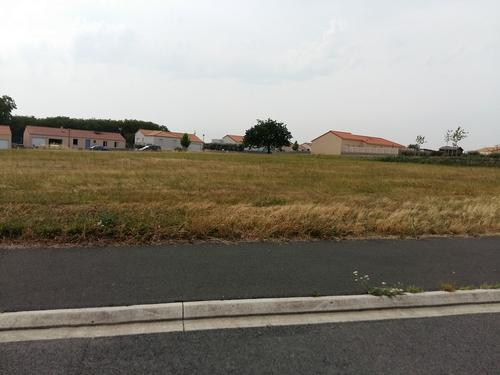 Terrain constructible à Chaudron-en-Mauges