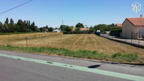 Terrain constructible à Vouneuil-sous-Biard