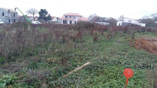 Terrain constructible à Séguinière
