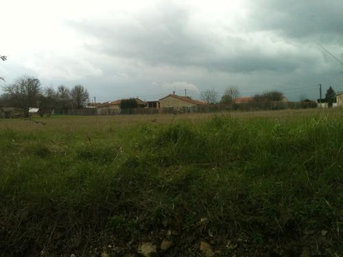 Terrain constructible à Bournand