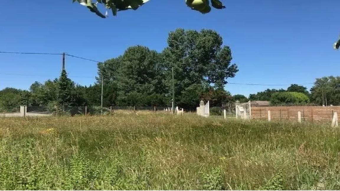 Terrain constructible à Saint-Mariens