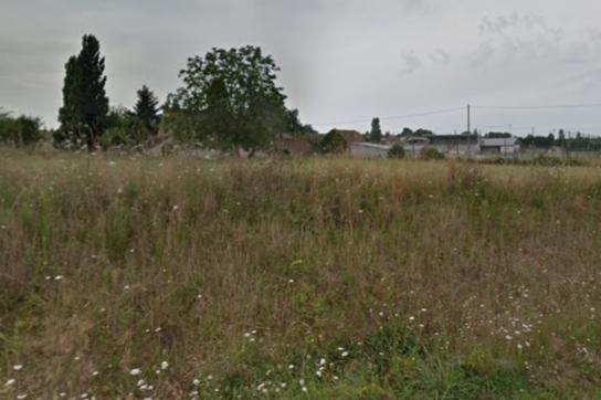 Terrain constructible à Cérans-Foulletourte