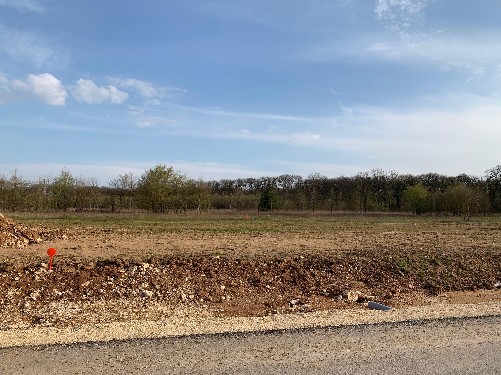 Terrain constructible à Saint-Gervais-la-Forêt