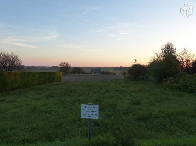 Terrain constructible à Faye-d'Anjou