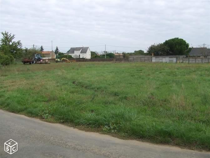 Terrain constructible à Chanzeaux