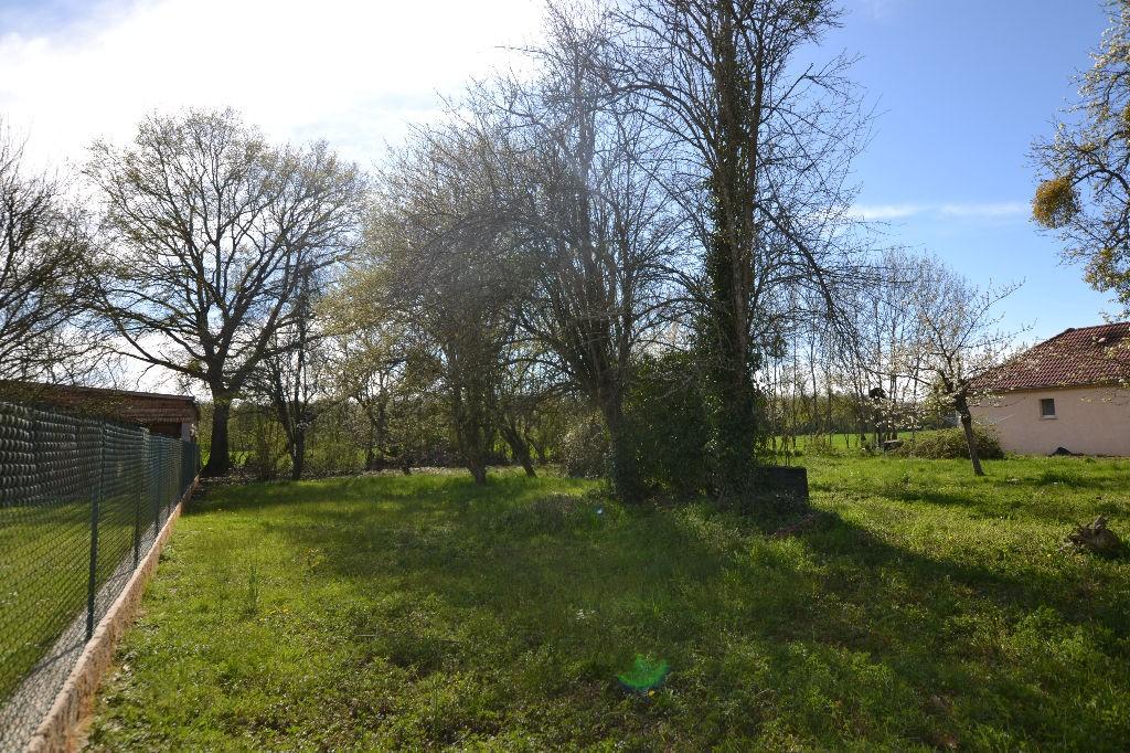 Terrain constructible à Tart-l'Abbaye