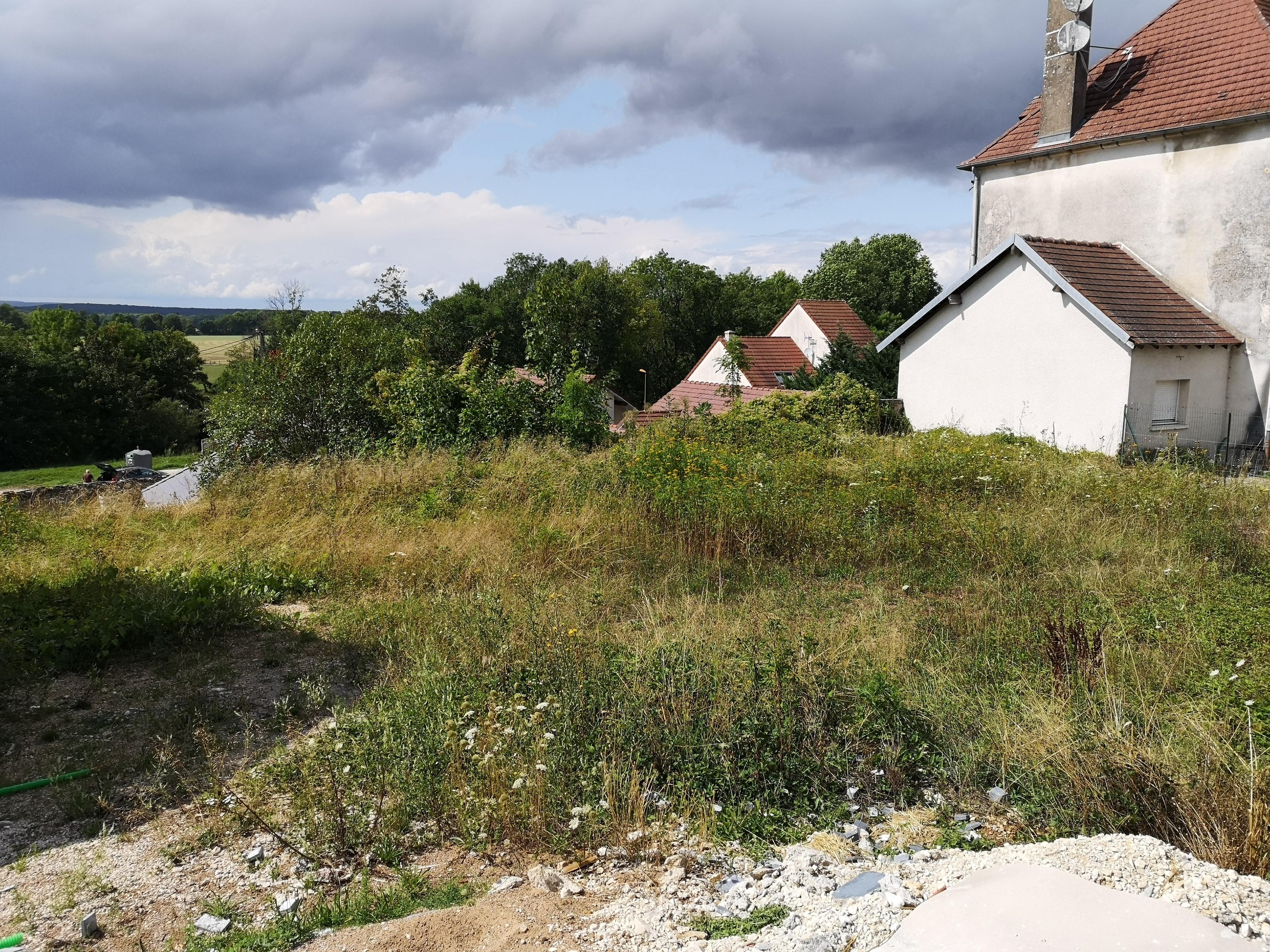 Terrain constructible à Beire-le-Châtel