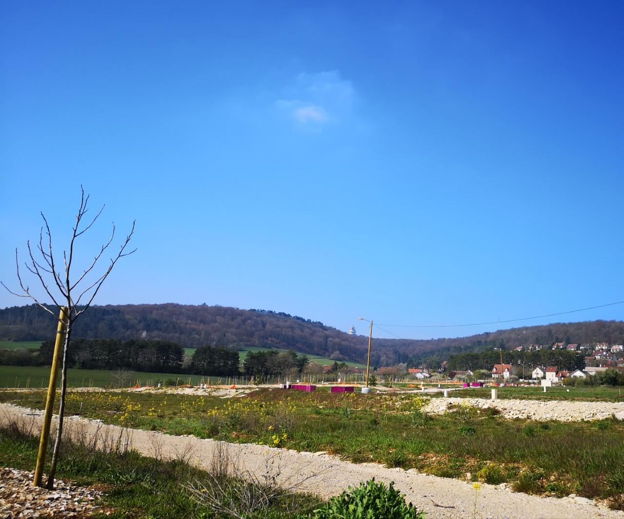 Terrain constructible à Corcelles-les-Monts