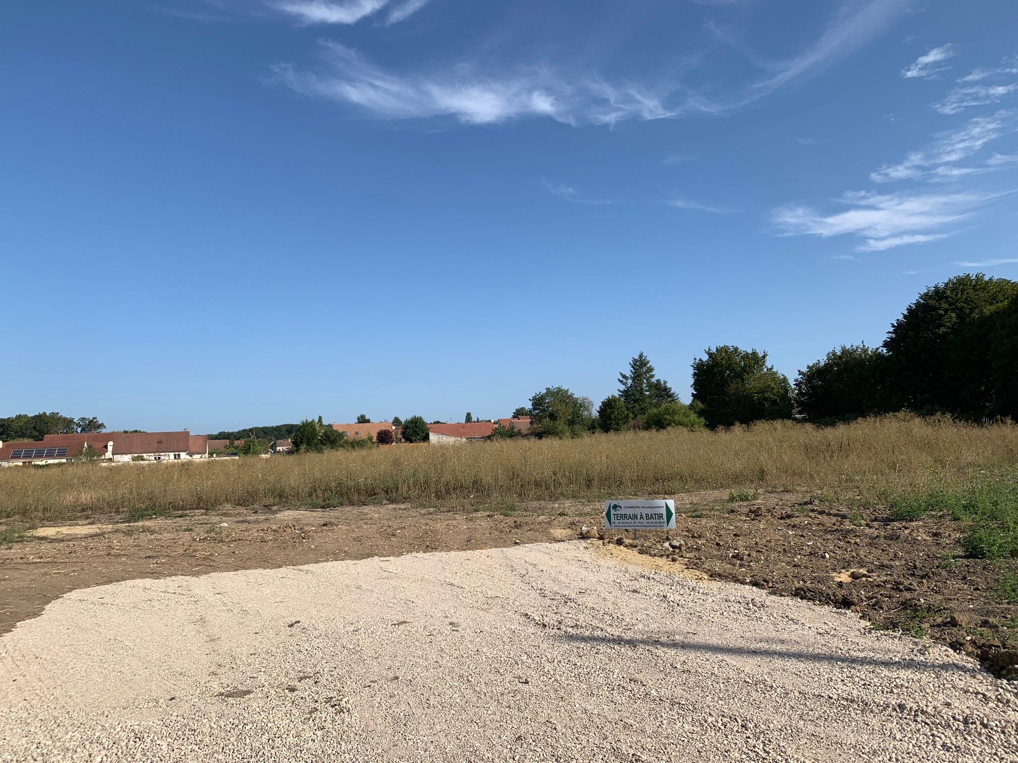 Terrain constructible à Cormeray