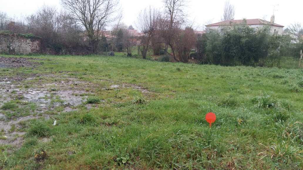 Terrain constructible à Tourlandry