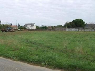 Terrain constructible à Saint-Germain-des-Prés