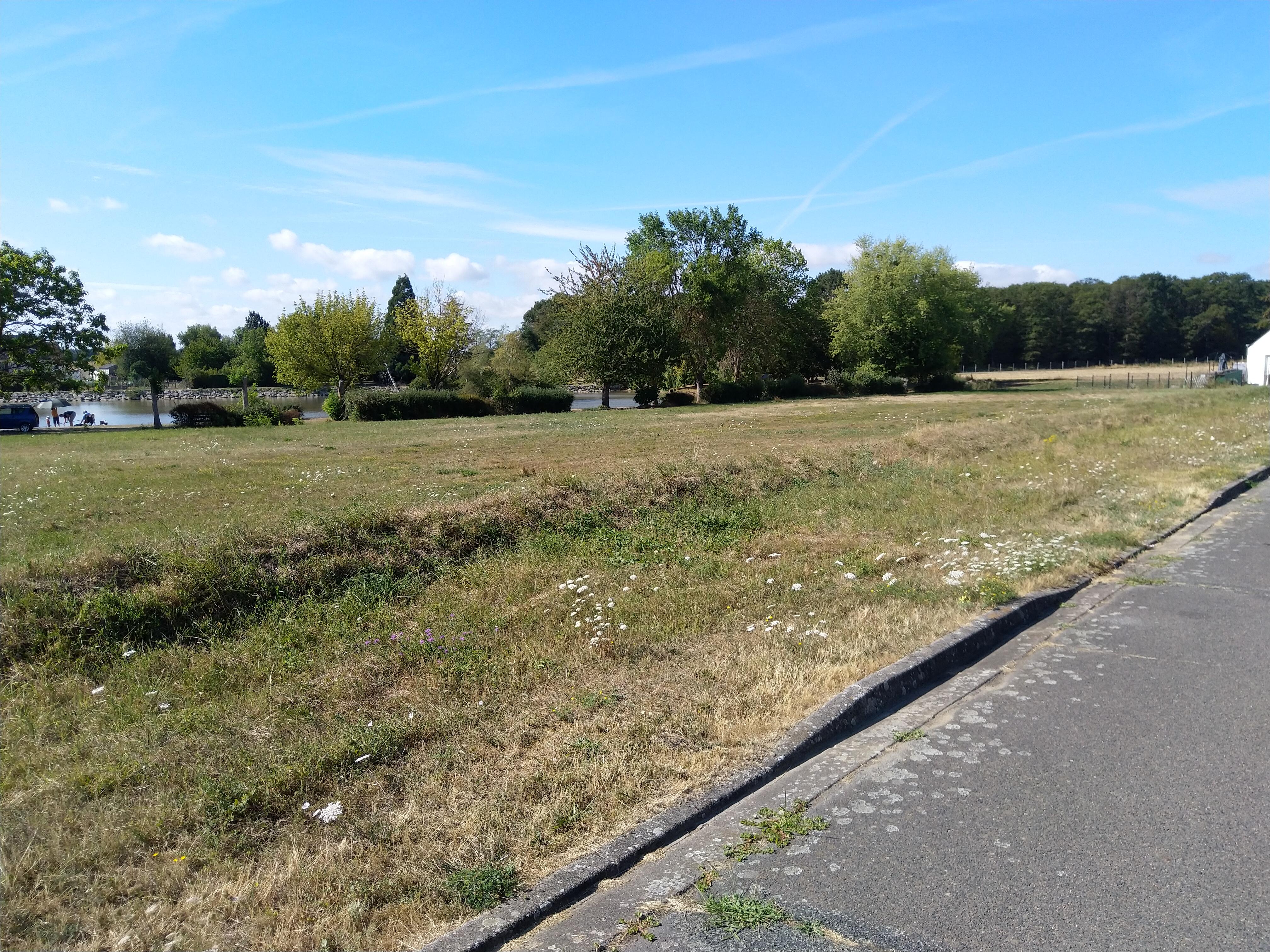Terrain constructible à Saint-Flovier