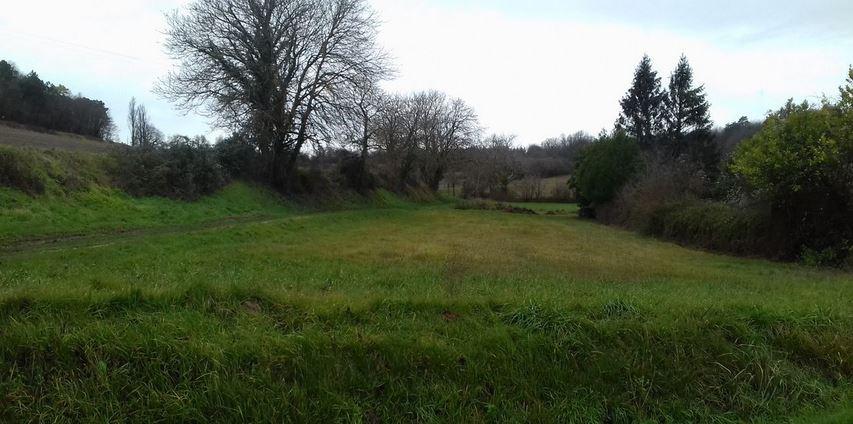 Terrain constructible à Lésigny